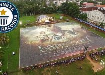 Guinness World Records – Largest Poster of Baahubali at Kochi Kerala