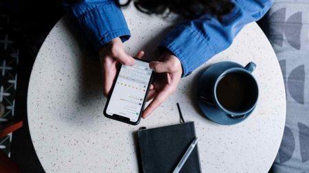 smartphone-socialmedia